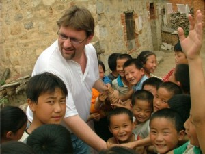 rob-with-school-children